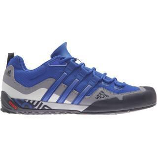 Zapatos de aproximación adidas Terrex Swift Solo